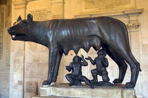 Cuatro niños que fueron criados por los animales