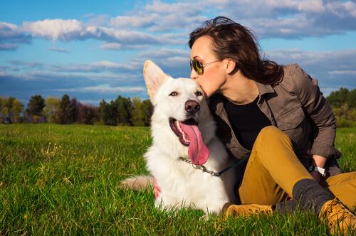 perro y dueña