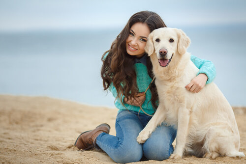 Cachorro e sua dona