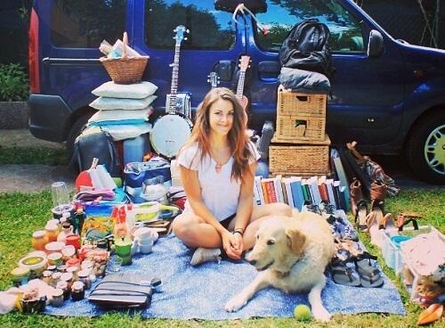 Descubre cómo Marina remodeló su camioneta para viajar con su perro
