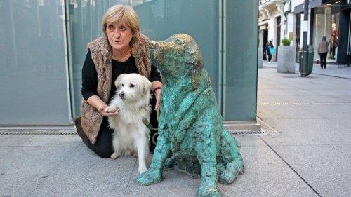 Monumento al perro abandonado en Galicia