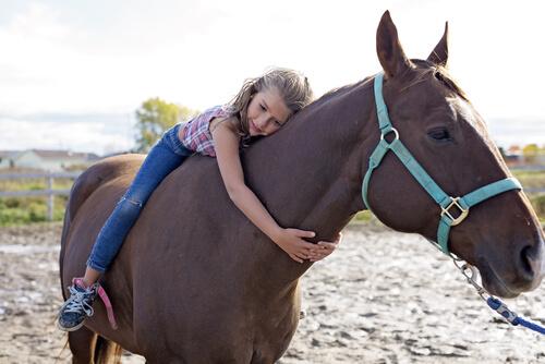 Terapia con caballos para niños