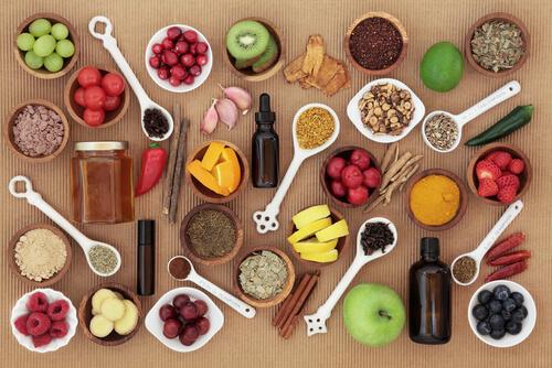 Beneficios de la alimentación natural frente al pienso tradicional