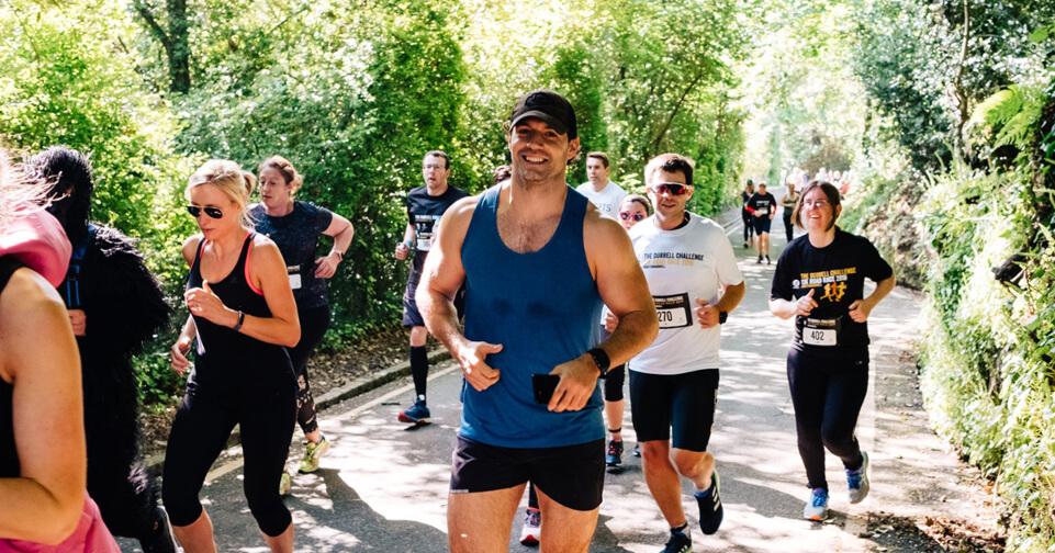 Henry Cavill en la carrera del 2019.