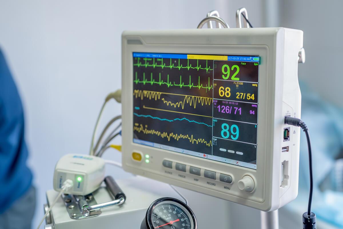 Una máquina de anestesia veterinaria.