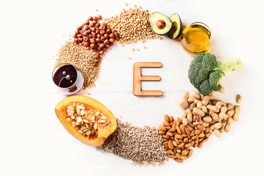 La importancia de la vitamina E para gatos y perros